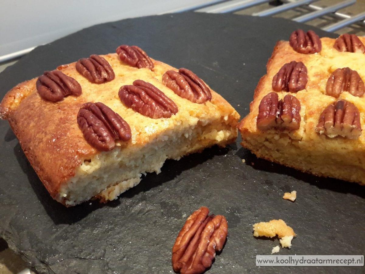Sinaasappelcake met pecannoten