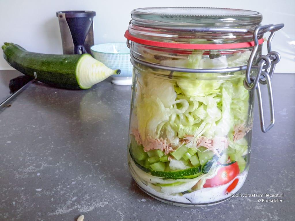 jarsalade laagjes salade in een pot