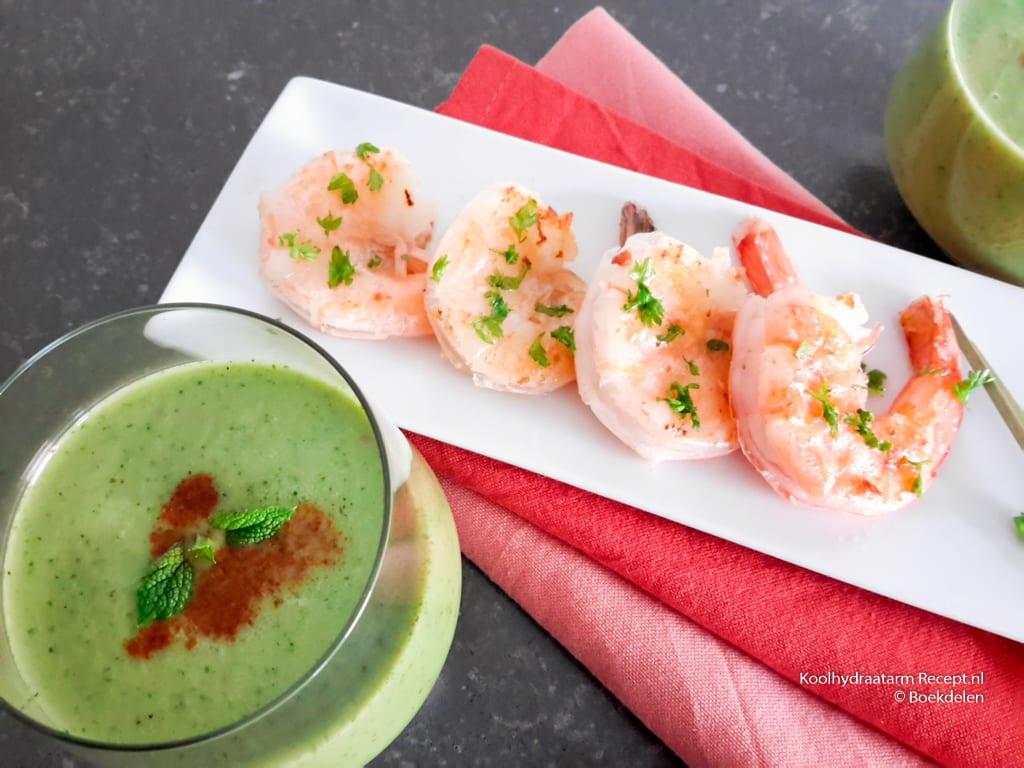 komkommersoep met reuzengarnalen