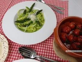courgetti met groene asperges