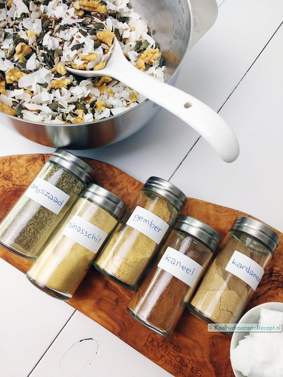 homemade granola, specerijen