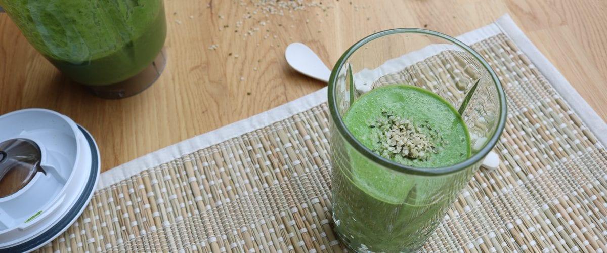 Spinazie smoothie met avocado, superlekker!