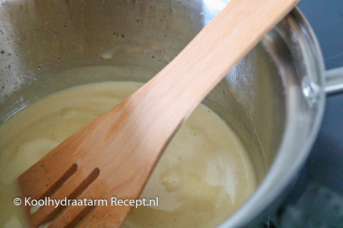 koolhydraatarme karamelsaus!