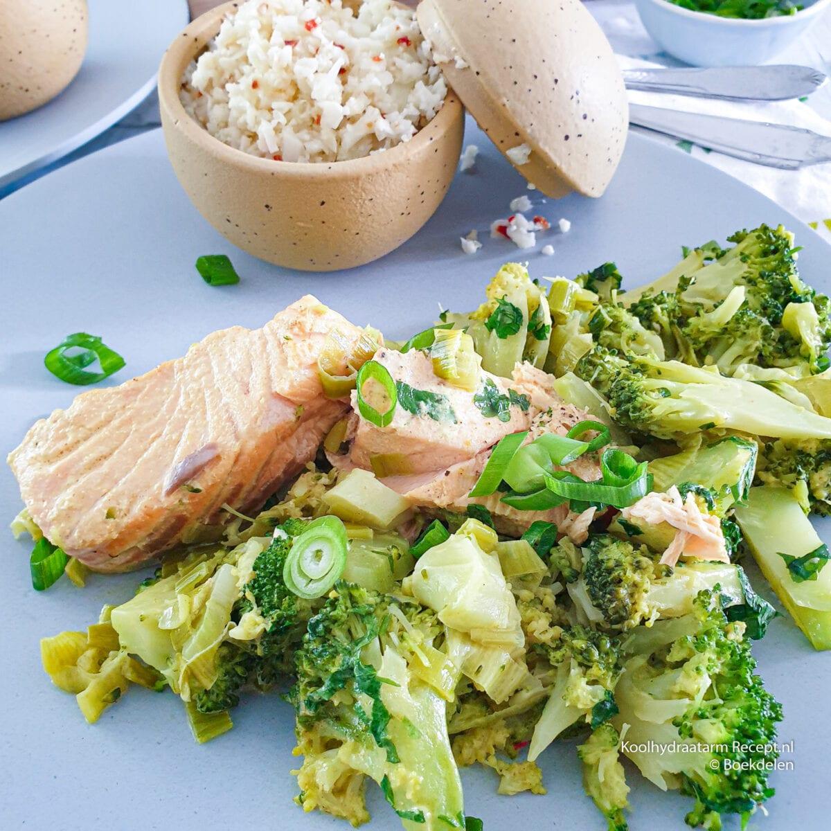 romige broccolischotel in kerrieroom