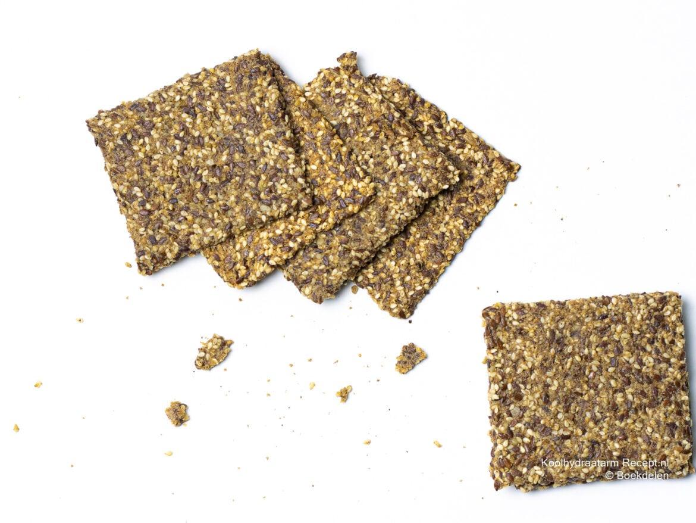 Lijnzaad hazelnootcrackers -koolhydraatarme crackers